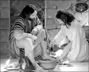 WASHING FEET BW