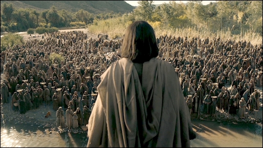 cHRIST AND THE CROWD